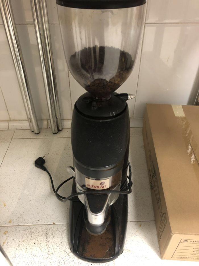 磨咖啡豆机器