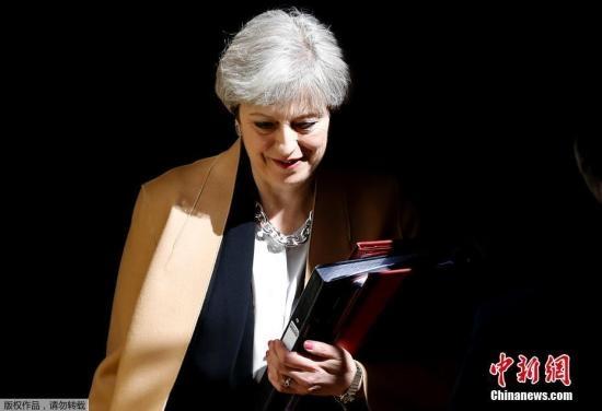"""英首相发公开信:""""脱欧""""协议符合所有英国人利益"""
