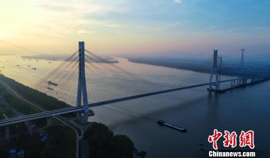安徽池州長江大橋已具備通車條件 預計九月份正式通車