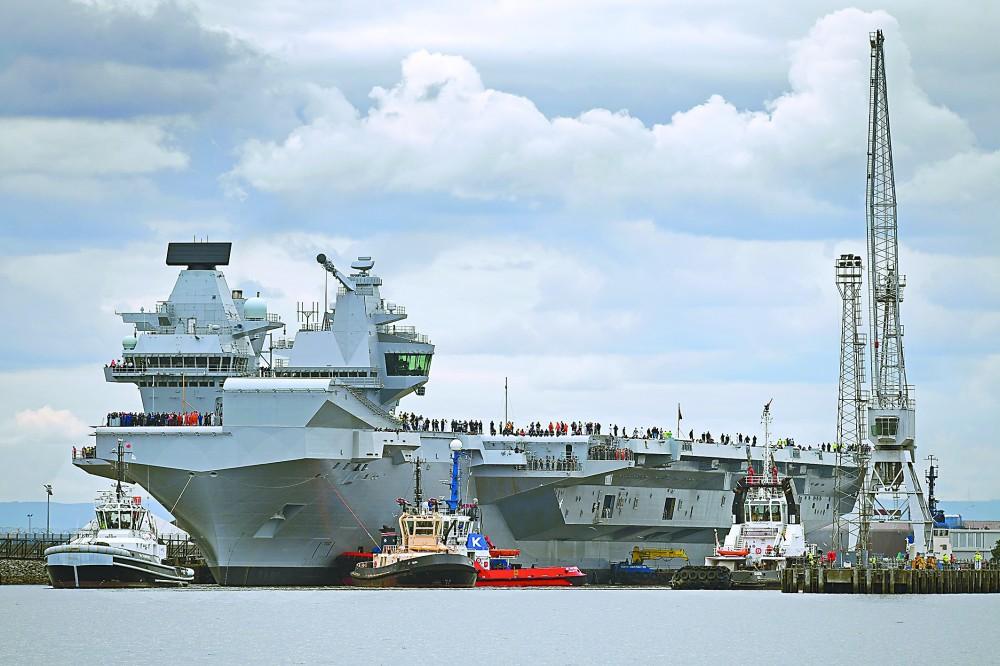 英国超级航母争议中海试 被视为海军强国象征