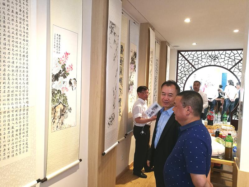 """法国侨界举办""""庆祝香港回归二十周年中法书画展"""""""