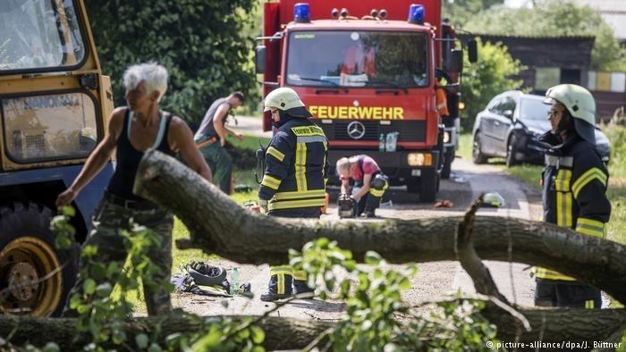 暴风雨天气:德国北部大面积受灾,多人遇难