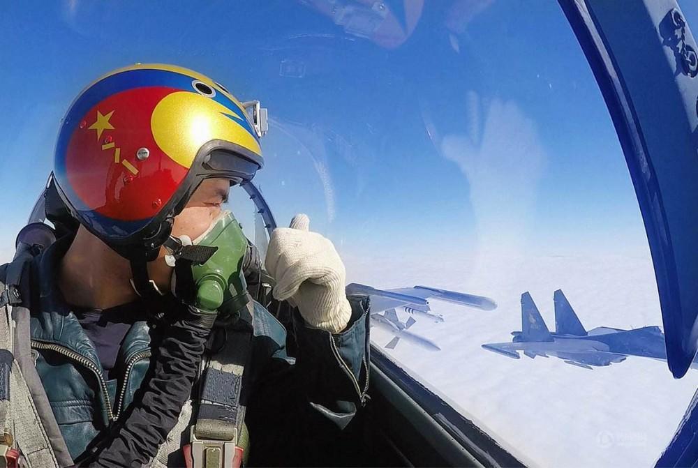 """从《空天猎》谈起:中国空军""""金头盔""""是怎样炼成的"""