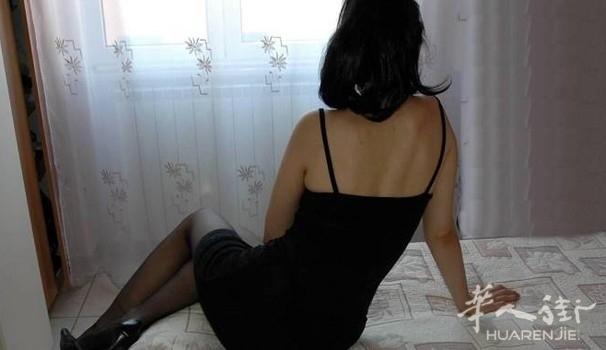 把两名华人女子关在家里卖淫从不让她们外出:一华人被控