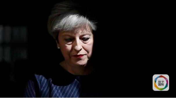 """""""脱欧""""""""僵""""住了 英国政府""""困""""住了"""