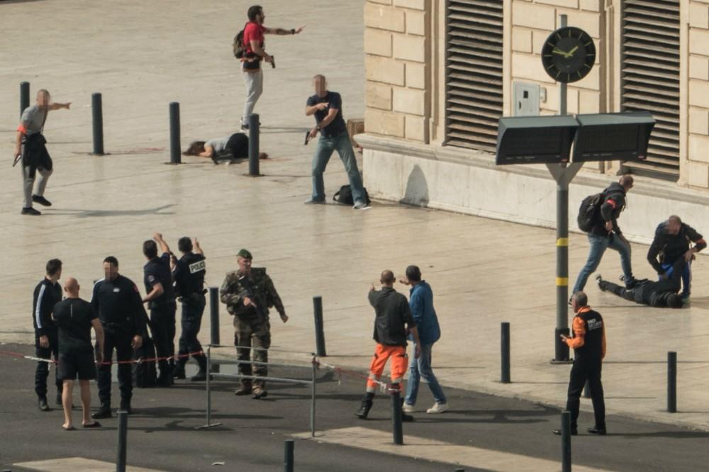 马赛火车站狂杀路人 刀手当场被毙