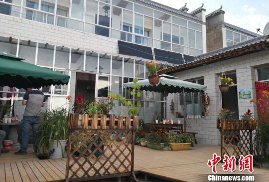 甘肃乡村旅游回归传统本真:窑洞书屋、土气古风受青睐