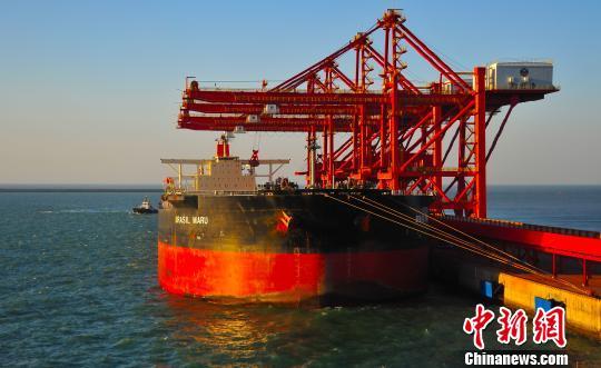 山东烟台港建中国北方重要能源中转口岸