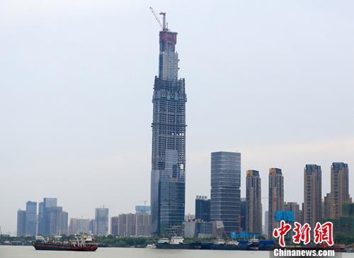 """7个月260次 中国楼市进入""""调控年"""""""