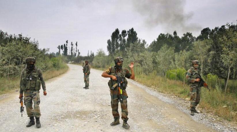 巴基斯坦武装分子夜袭印度军营 致8名印警察死亡