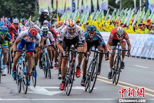 邢台国际公路自行车赛第二赛段 领骑衫再入美国队囊中