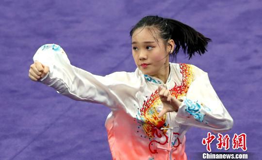 中国香港选手参加全运会武术套路决赛 林郑月娥现场观战