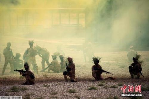 伊拉克军收复泰勒阿费尔 攻破IS在伊最后主要据点