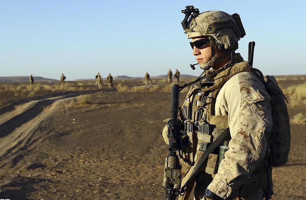 增兵阿富汗?美陆战1师沙漠集训