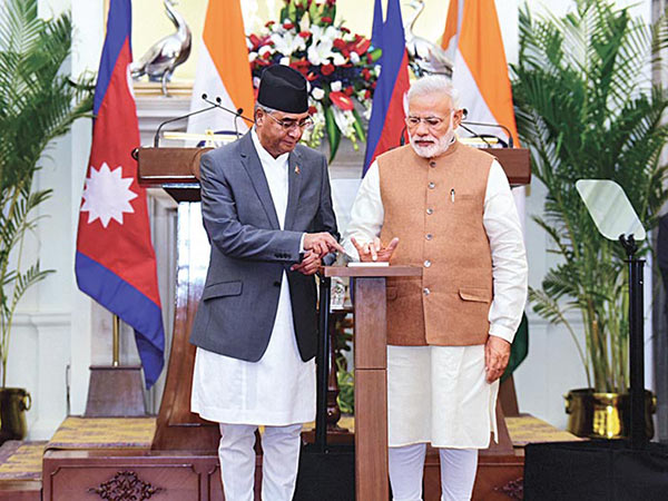 印度不断示好尼泊尔:不要走偏 我们会照顾好你!
